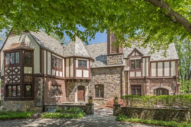 130 Puritan Avenue, Yonkers, NY - USA (photo 1)