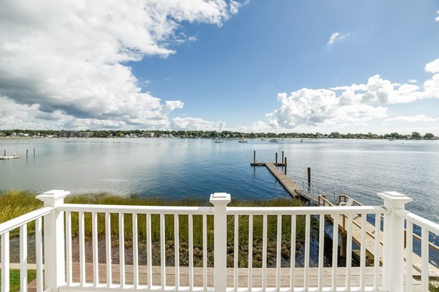 30 Shorefront Park, Norwalk, CT - USA (photo 4)
