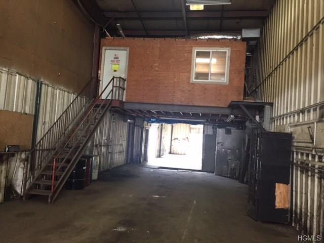 1 One Highland Industrial Park, Peekskill, NY - USA (photo 2)