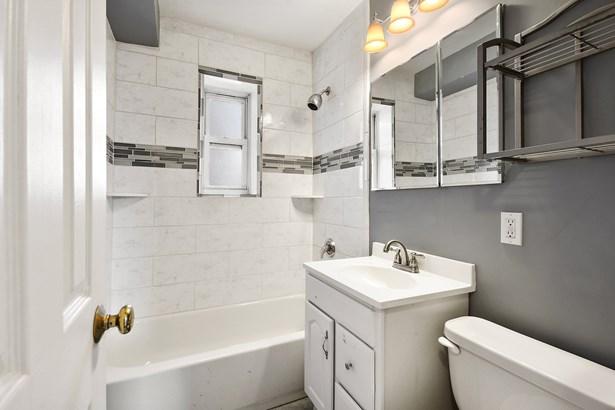 19 Old Mamaroneck Avenue 4d, White Plains, NY - USA (photo 3)