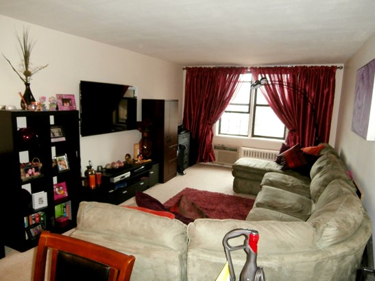 555 Bronx River Road 6f, Yonkers, NY - USA (photo 1)