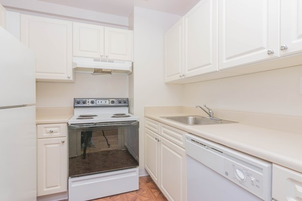 20 Old Mamaroneck Road 7n, White Plains, NY - USA (photo 3)