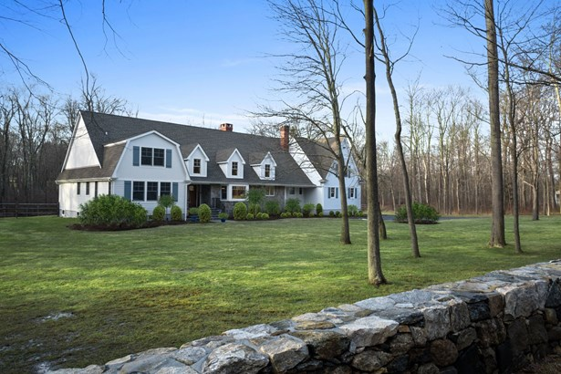 49 W Patent Road, Bedford Hills, NY - USA (photo 2)