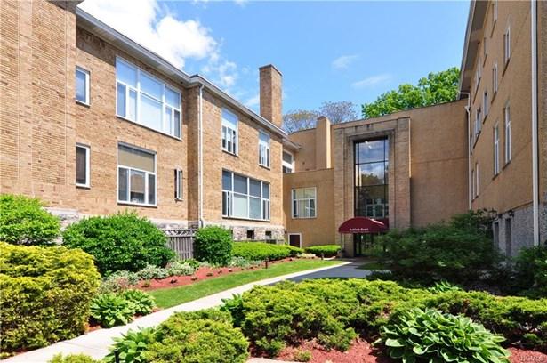 520 Ashford Avenue 19, Ardsley, NY - USA (photo 1)