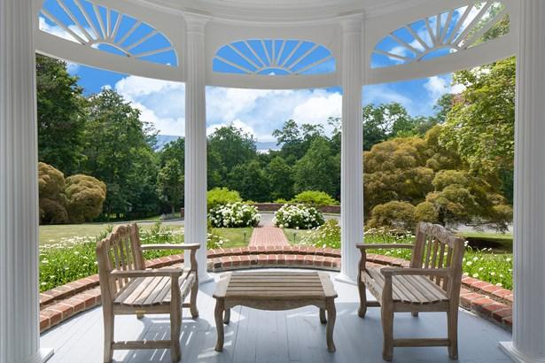 366 Scarborough Road, Briarcliff Manor, NY - USA (photo 3)