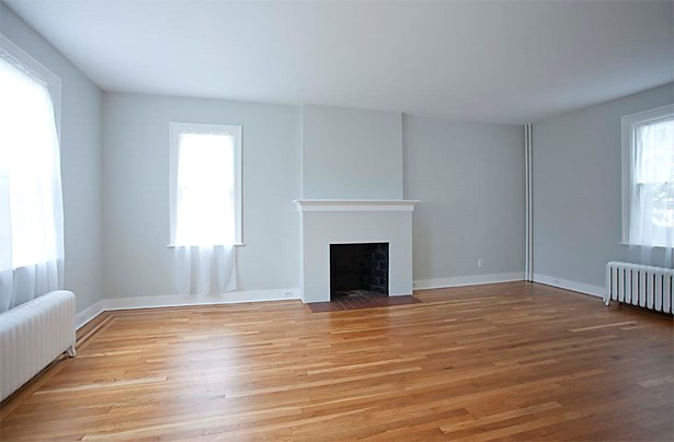 18 Gibson Place, Yonkers, NY - USA (photo 3)