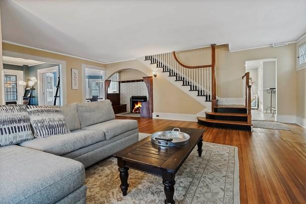 1469 Roosevelt Place, Pelham, NY - USA (photo 2)