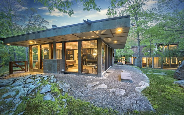 70 Conant Valley Road, Pound Ridge, NY - USA (photo 2)