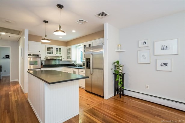 61 Clay Hill Road, Stamford, CT - USA (photo 5)