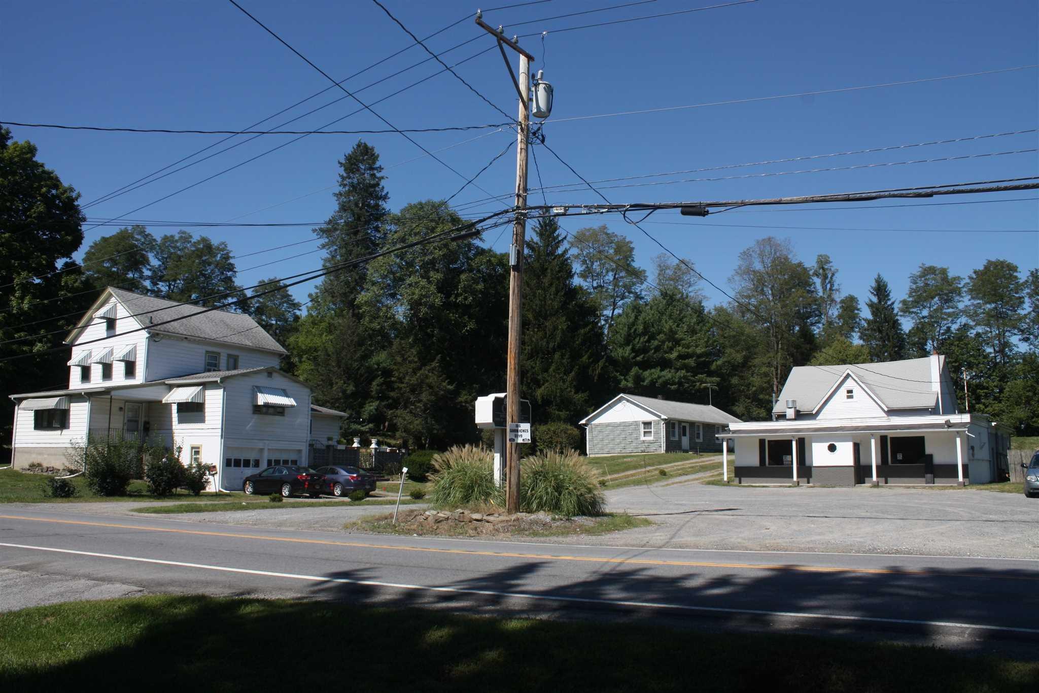 39 Middlebush Road, Wappinger, NY - USA (photo 2)