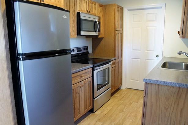 1219 New Road Cottage, Shrub Oak, NY - USA (photo 3)