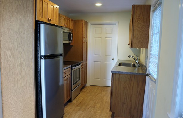 1219 New Road Cottage, Shrub Oak, NY - USA (photo 4)