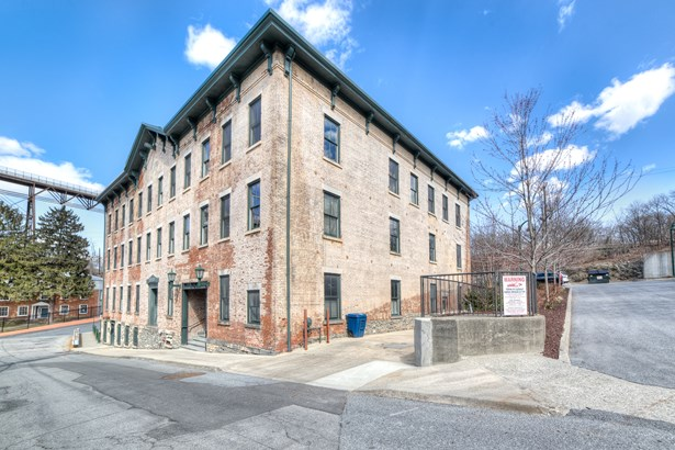 80 N Water St A, Poughkeepsie, NY - USA (photo 1)