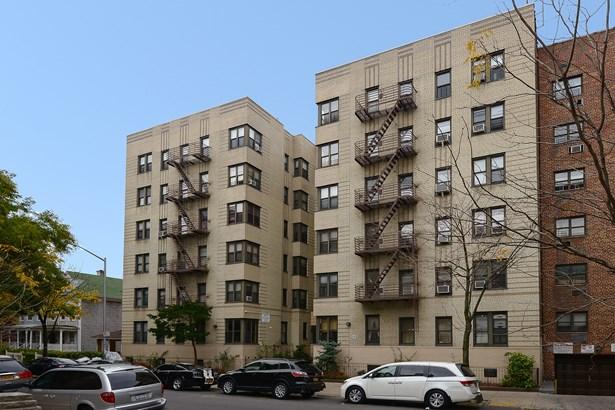 2962 Decatur Avenue 2-b, Bronx, NY - USA (photo 1)