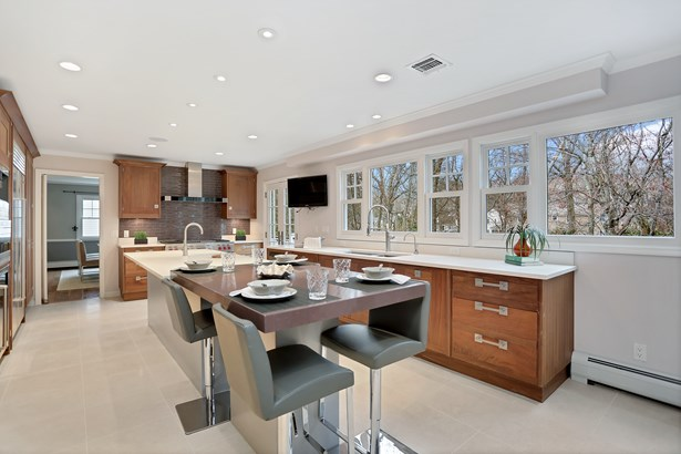 10 Shady Brook Lane, Old Greenwich, CT - USA (photo 2)