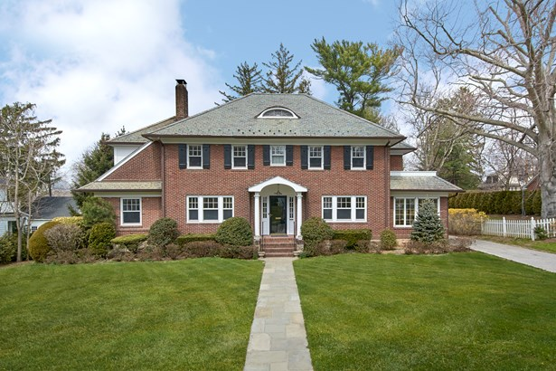 180 Forest Avenue, New Rochelle, NY - USA (photo 1)