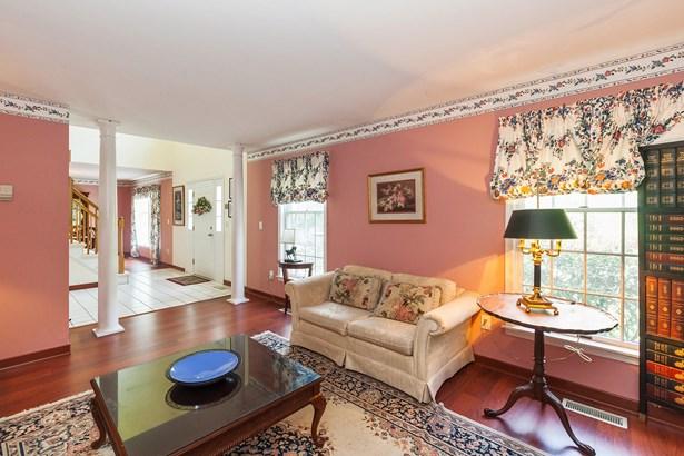 3481 Wildwood Street, Yorktown Heights, NY - USA (photo 5)