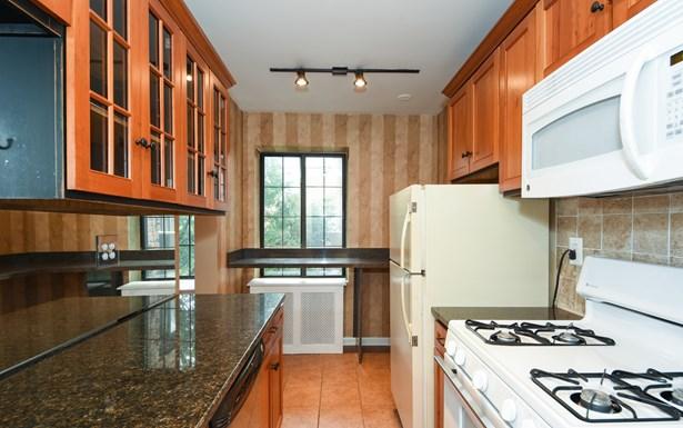 914 Wynnewood Road 3d, Pelham, NY - USA (photo 5)