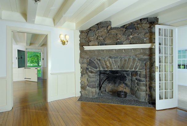 23 Cliffdale Road, Greenwich, CT - USA (photo 2)