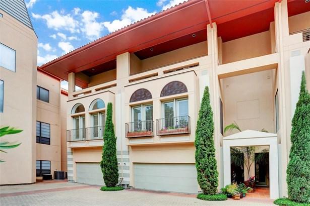 Mediterranean, Townhouse Condominium - Houston, TX