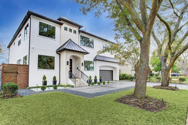Traditional, Single-Family - Bellaire, TX