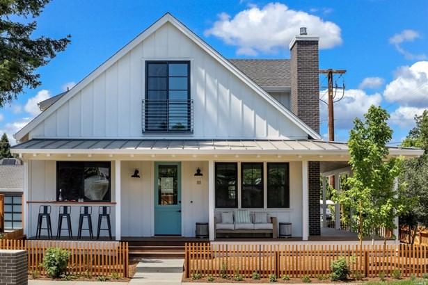 2 Houses on Lot, Craftsman - Healdsburg, CA