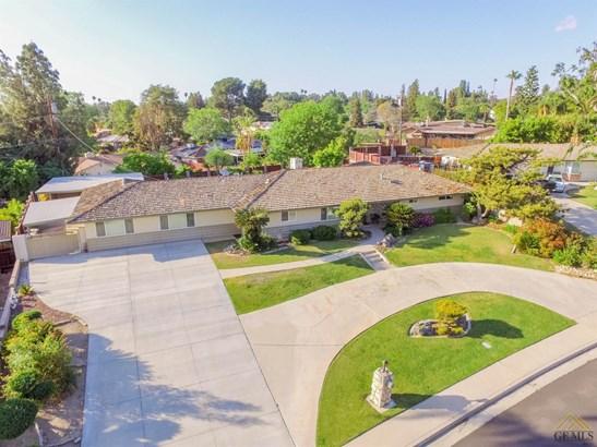 Single Family Residence - Bakersfield, CA