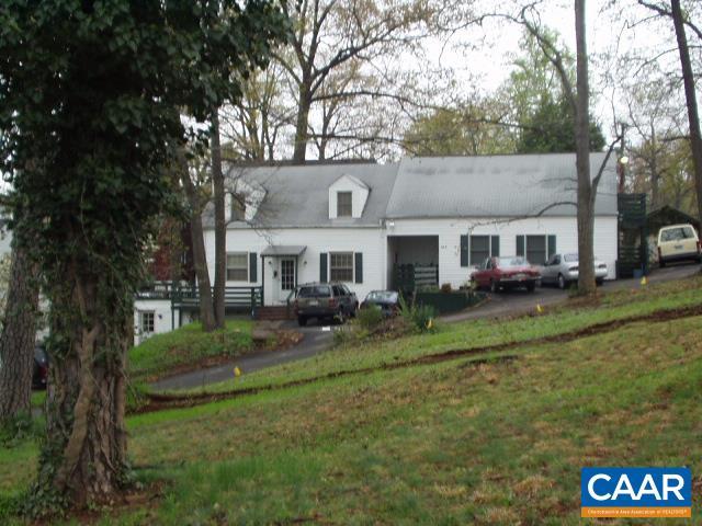Duplex Side/Side, Cape Cod - CHARLOTTESVILLE, VA