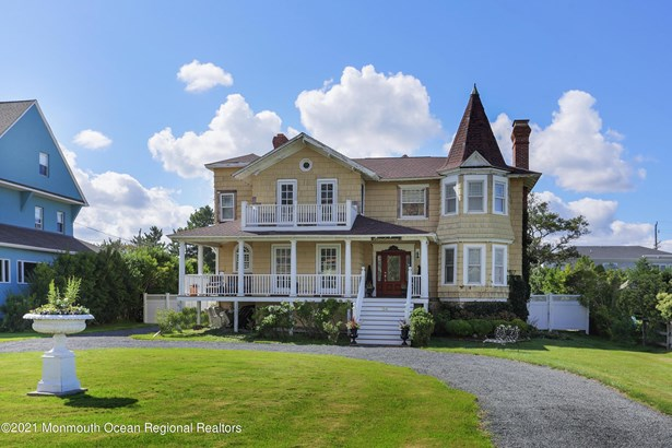 A-Frame,Victorian, Single Family,Detached - Monmouth Beach, NJ