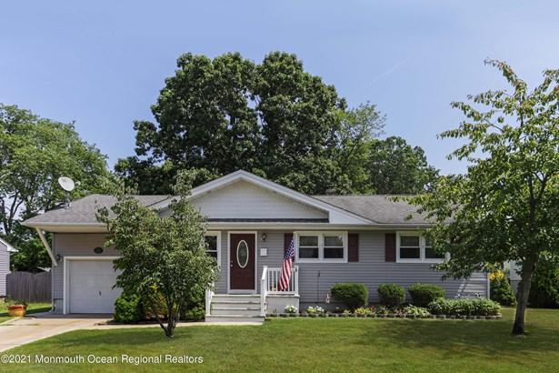 Ranch, Single Family,Detached - Belford, NJ