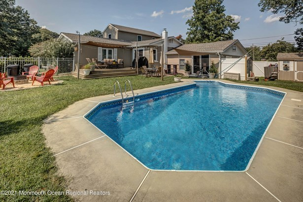 Custom,Expanded Ranch,Ranch, Single Family,Detached - Port Monmouth, NJ