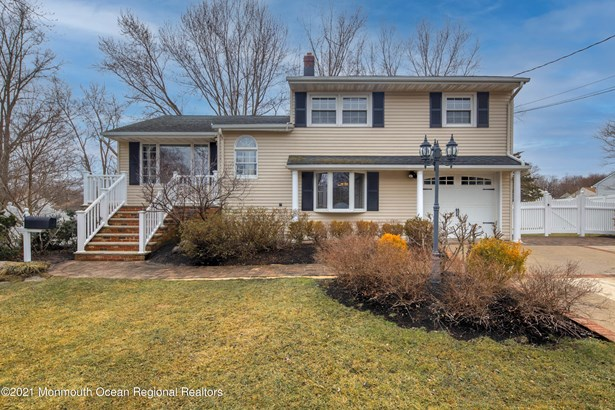 Bi-Level, Single Family,Detached - Red Bank, NJ