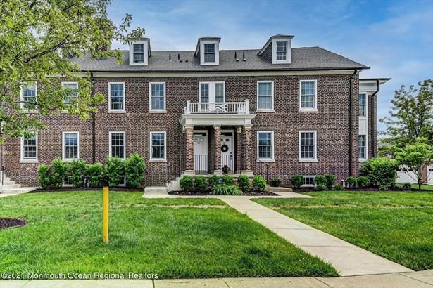 Attached,End Unit,Townhouse, Condominium,Townhouse - Oceanport, NJ