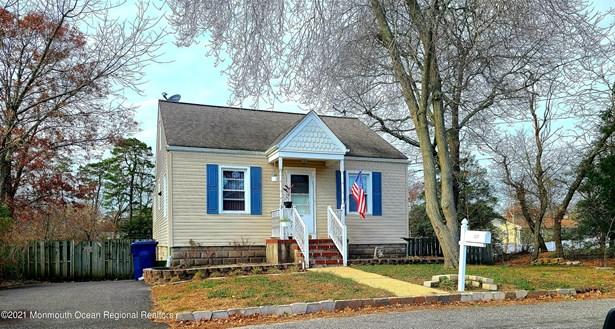 Cape, Single Family,Detached - Beachwood, NJ