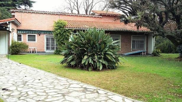 Bermejo 687, Las Lomas-santa Rita - ARG (photo 1)