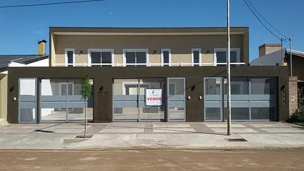 Duplex En Bº Garbin, San Rafael - ARG (photo 1)