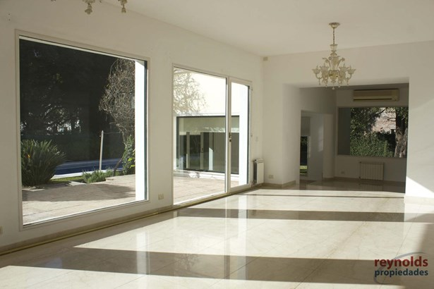Chile 585, San Isidro - ARG (photo 2)