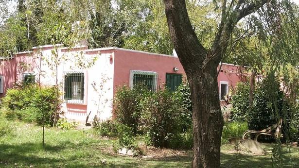 Chacra En Monte, San Miguel Del Monte - ARG (photo 1)