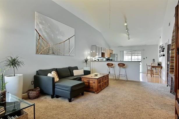 Twnhse/Half Duplex, 1/2 Duplex,Townhome - Griffith, IN (photo 4)