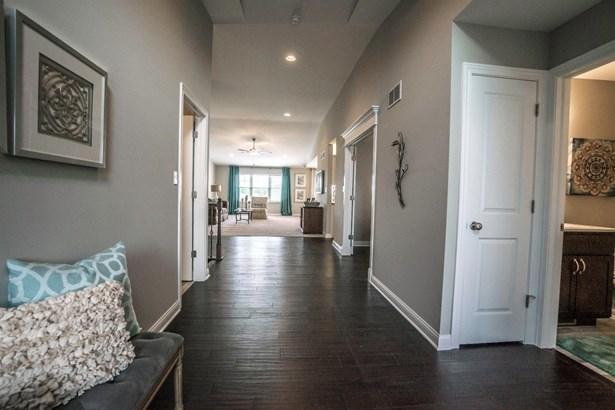 Twnhse/Half Duplex, 1/2 Duplex,Ranch/1 Sty/Bungalow - St. John, IN (photo 5)