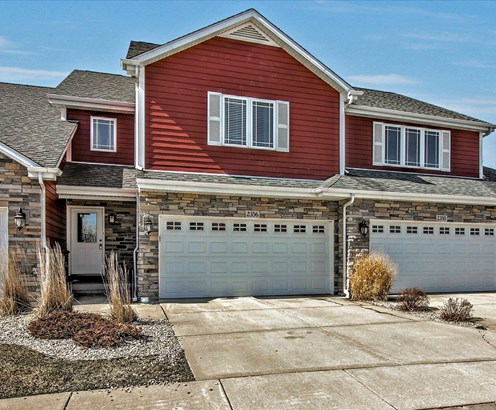 Twnhse/Half Duplex, 2 Story,Townhome - Chesterton, IN (photo 1)