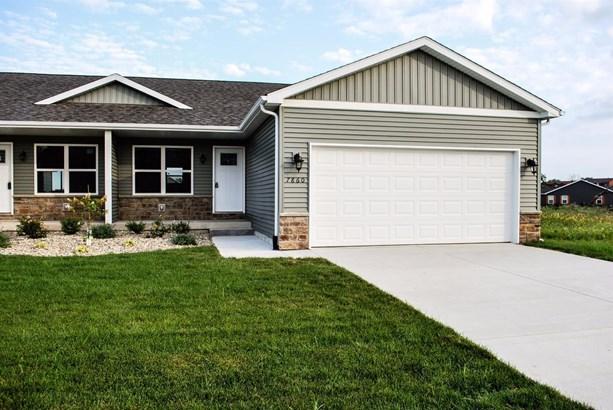 Twnhse/Half Duplex, 1/2 Duplex,Ranch/1 Sty/Bungalow - Merrillville, IN (photo 1)