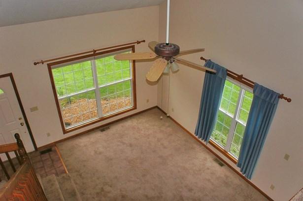 Condominium, Condo - DeMotte, IN (photo 3)