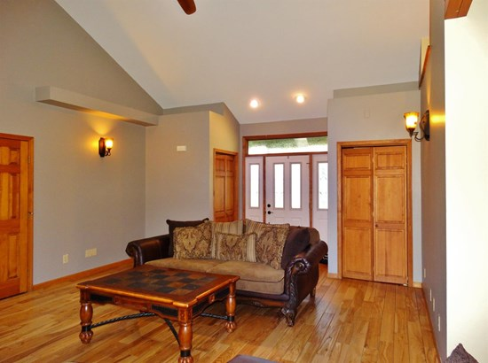 Ranch/1 Sty/Bungalow, Single Family Detach - Wheatfield, IN (photo 3)