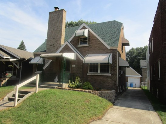 Single Family Detach, 2 Story - Whiting, IN