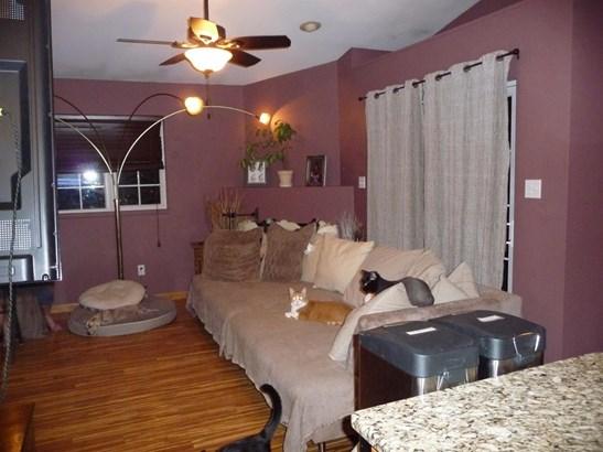 Twnhse/Half Duplex, Townhome - Gary, IN (photo 5)