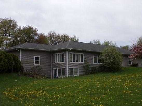 Single Family Detach, Hillside Ranch - LaPorte, IN (photo 2)