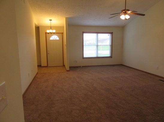1/2 Duplex - HOBART, IN (photo 3)