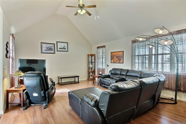 1.5 Sty/Cape Cod, Single Family Detach - Crown Point, IN (photo 3)