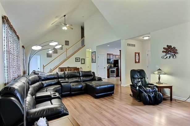 1.5 Sty/Cape Cod, Single Family Detach - Crown Point, IN (photo 4)